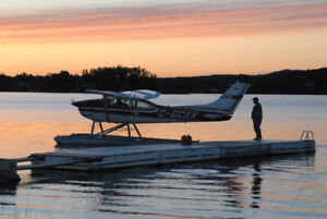 CESSNA 182 float plane