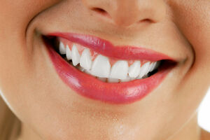 Research Subjects Needed: Organic Teeth Whitening Study