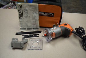 RIDGID 5.5 Amp Corded Compact Router R2401 #1286