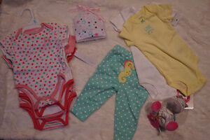 Brand new baby clothes set w a toy
