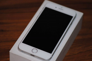 Iphone 6s 32gb comme neuf + AppleCare
