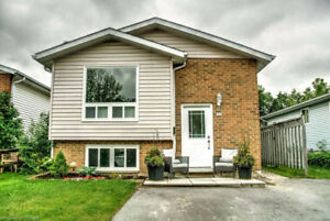 FOR LEASE: Beautiful Main Level 3 Bdrm in Collingwood
