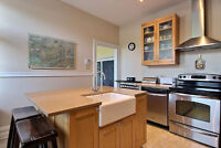 FABULOUS RENOVATED 2 BDRM IN THE PLATEAU! NEAR MONT ROYAL