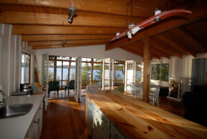 Beautiful family cottage and bunkie for rent