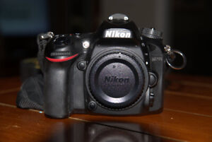 Nikon D7200 with camera grip 9319 shutter count $ 650