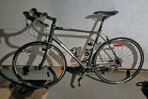 Vélo de route Louis garneau
