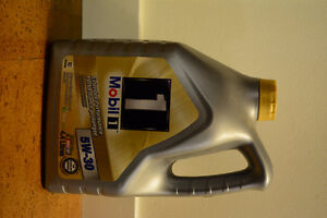 Mobile 1 Advanced Synthetic Motor Oil