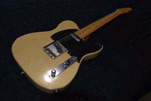 1985 52 reissue telecaster. BEAUTIFUL SHAPE