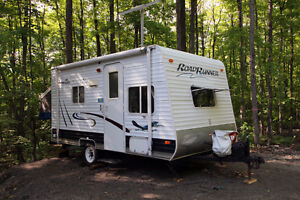 SALE PENDING - 16' Roadrunner hybrid trailer by Sun Valley