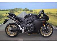 Yamaha YZF-R1 **Aftermarket Carbon Exhaust, Tank Pad, Stomp Grips**