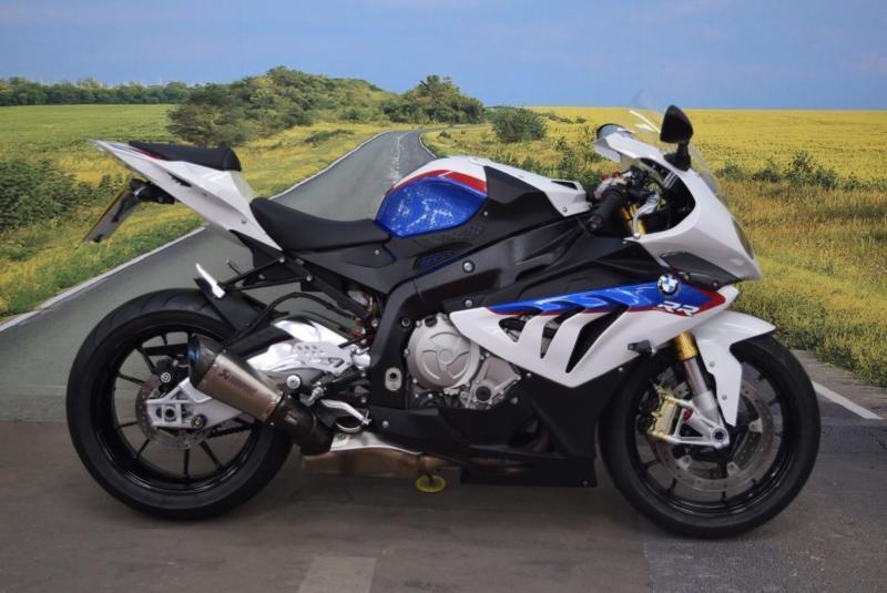 bmw s1000rr 2013 stomp grips abs akrapovic exhaust. Black Bedroom Furniture Sets. Home Design Ideas