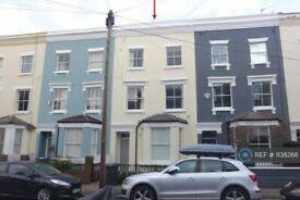3 bedroom flat in Hannington Road, London, SW4 (3 bed) (#1138268)