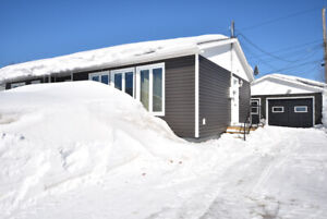 New Listing!! 305 Beverly Cres