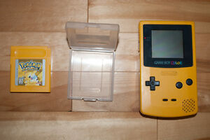 YELLOW GAMEBOY COLOR AND POKEMON YELLOW SPECIAL PIKACHU EDITION