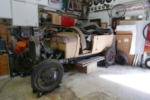 1928 Ford Phaeton project car with many spare parts