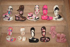 Girls Shoes sz 2 to 6 / Clothes 9, 12, 12-18, 18, 18-24 mos