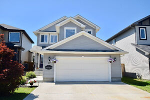 ****MINT CONDITION 2 STOREY in FORT SASK with FINISHED BASEMENT*