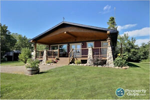 Beautiful Acreage in the Rolling Hills of Mountain View County