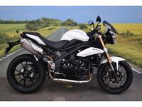 Triumph Speed Triple 1050 **Fly Screen, Braided Hoses, Excellent Condition**