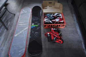 Snowboard, Boots and Bindings 151cm Burton, 11M Boots