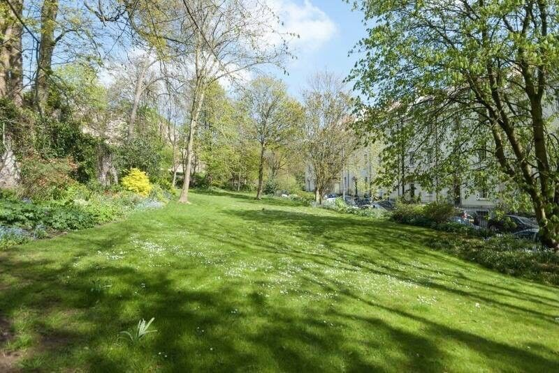 Sunny Garden flat in Clifton- taken subject to reference checks   in ...