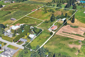 FOR SALE! $2,795,000 House & Acreage 13.33 Acres Farm