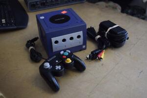 Nintendo Gamecube Console + Controller + Cables - Purple