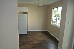 Large Newly Renovated Townhouse in Town of Redwater Edmonton Edmonton Area image 2