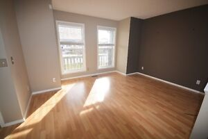 ~SPECTACULAR TWO STOREY HOUSE FOR RENT AT ARBOUR LAKE~!