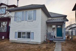 *****2 + 2 BEDROOM BI-LEVEL in LEDUC, 2 FULL BATHS, BUILT 2001**
