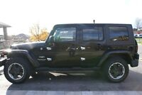 *REDUCED* 2007 JEEP WRANGLER UNLIMITED SAHARA SUV 4X4 w' 2 TOPS
