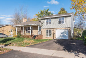 33 COLBURNE - PINEHURST - $184,900 - VACANT AND PRICED TO SELL!