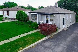 CHARMING BUNGALOW FOR SALE London Ontario image 1