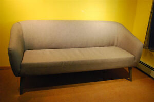Grey Couch in Excellent Condition