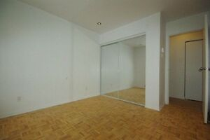 Large 4 1/2 For Rent - L'Île-Perrot - Move in Anytime West Island Greater Montréal image 5