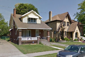 very close to university of windsor whole house for rent