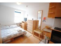STUNNING large double room, near LIVERPOOL STREET STATION LET`S MOVE TO BETHNAL GREEN!!!