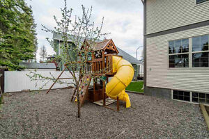 Beautiful House on quiet, family cul de sac for rent Prince George British Columbia image 9