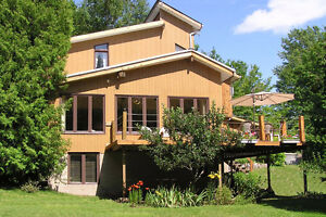 Meaford home for sale ~2 acres Close to Thornbury Collingwood