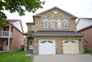 Semi-Detached Home in Mississauga - OPEN HOUSE