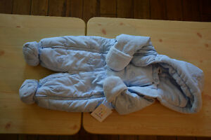 Snow suit - size 9 months (never used)