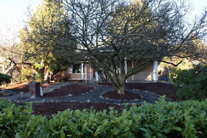 West Vancouver Dundarave reno home 4 bedroom 3 bath
