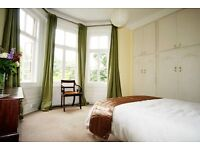 Large, Bright Room in West Hampstead with Bay Windows