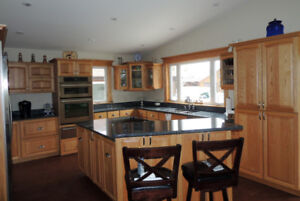 Custom Kitchen Cabinets and Home Furnishings