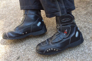BOOTS, BLACK NITRO RACING BOOTS.