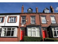 DEPOSIT FREE Bedroom in 4 person house share to let in stunning Headingley Area!
