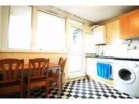 Very Spacious and Bright Modern Room in Little Venice/Warwick Ave
