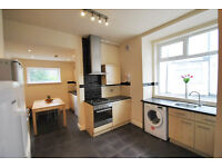 10 Double Rooms are in 10 Bedroom House, Available Now, Bills Included, Slade Lane, Victoria Park