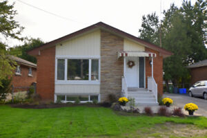 Reduced! 5 Bedroom in Hamilton with FULL IN LAW SUITE