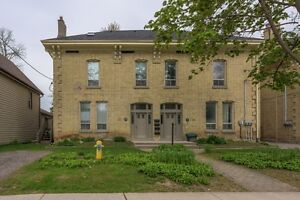 MODERN DOWNTOWN STUDENT HOUSING – 4 and 5 BR - $495 per BR London Ontario image 9